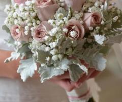 Insolito Fiori - Il bouquet rosa e bianco per la sposa