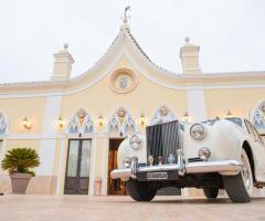 Grand Hotel Vigna Nocelli Ricevimenti - l'auto degli sposi