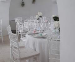 Villa Cenci - I tavoli nella sala interna