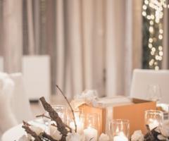 Casale San Nicola - Candele e fiori