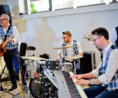 Metamorphosis Wedding Band - Alla tastiera e alle percussioni