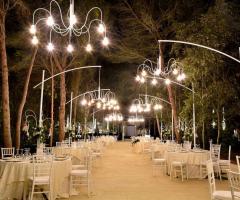 Villa Madama - I tavoli all'aperto per il matrimonio serale