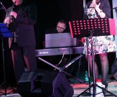 Summertime Trio - Il trio sul palco musicale