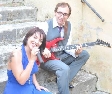 The Two Too - Gruppo musicale
