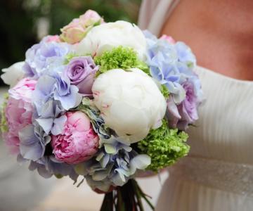 Isa' Events - Wedding Floral Designer