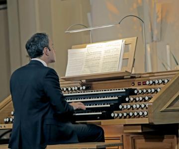 Luciano Violante organista
