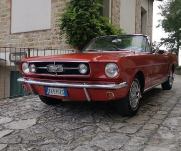 Noleggio Mustang Cabrio
