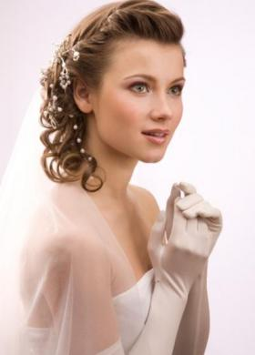 Acconciature da sposa capelli semiraccolti