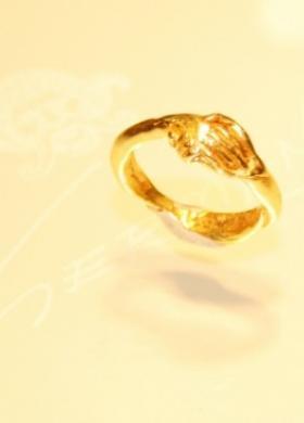 Fede in oro giallo per le nozze