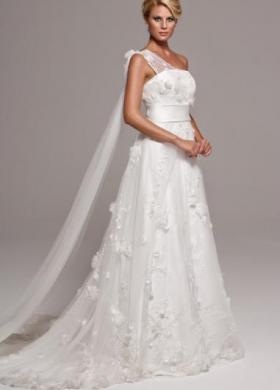 Vestito da sposa con ricami