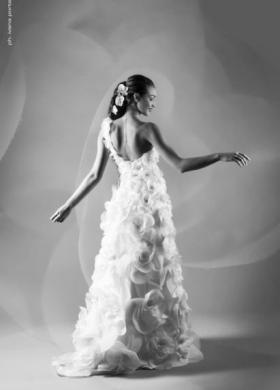 Vestito da sposa co tessuto arricciato