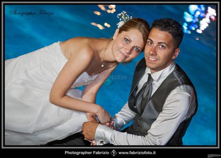 Fabrizio Foto - Sposi con lo sfondo della piscina