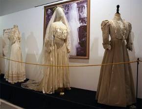 Storia e tradizioni degli abiti da sposa - LeMieNozze.it b068432e560