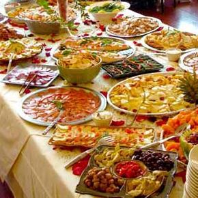 Il buffet del ricevimento di matrimonio