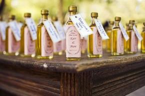 Bomboniere originali: bottiglie di olio