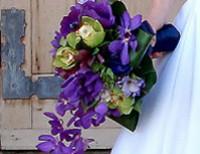 Bouquet di anemone per la sposa