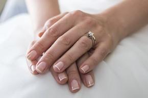 Manicure per la sposa