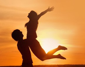 Gli sposi felici in luna di miele