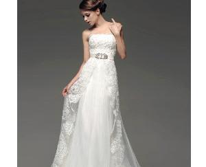 Modelli di abiti da sposa in base al fisico