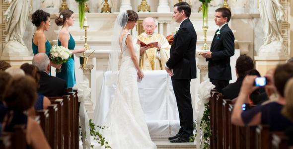 Preparazione del rito del matrimonio cattolico - LeMieNozze.it