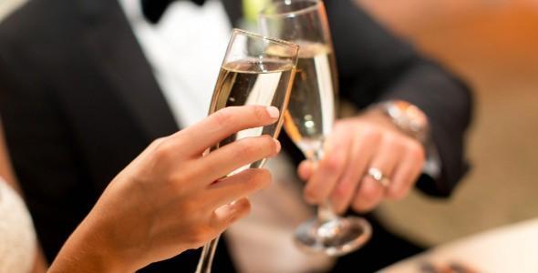 Anniversario Di Matrimonio Regalo Moglie.Idee Regalo Per L Anniversario Di Matrimonio Lemienozze It