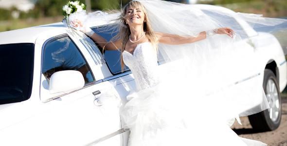 7335517a59ad Se lo stile del matrimonio e dell abito da sposa è molto elegante e  prestigioso e le strade da percorrere lo permettono