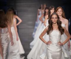 Dalle passerelle di Sì Sposaitalia tutti gli abiti da sposa 2017