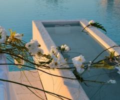 Decorazioni per la piscina della location