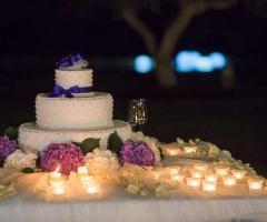 Fiori d'Arancio Fioristi - Fiori per la torta nuziale