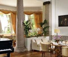 Royal Hotel Sanremo - La hall e il piano bar
