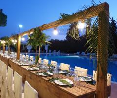 Antica Masseria Martuccio - Ricevimento a bordo piscina