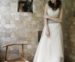 Daniela Gristina - Abito da sposa in seta con fascia in testa