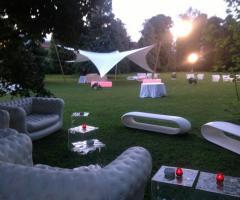 Salottino in giardino per gli ospiti