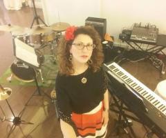 Miss Giulia's Musica e Animazione - Giulia e i suoi strumenti