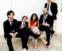 Exit Music - La band in un momento di pausa
