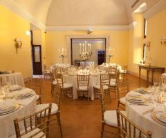 Sala interna del palazzo storico a Roma
