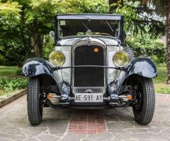 Deluxe International - L'auto d'epoca per un matrimonio indimenticabile