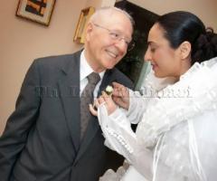 Fotografia della sposa con il padre