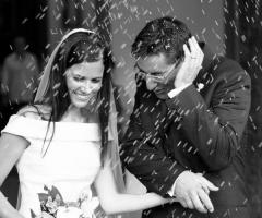 Foto della cerimonia di nozze: il lancio del riso