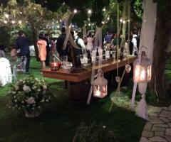 Illuminazione di candele per il matrimonio