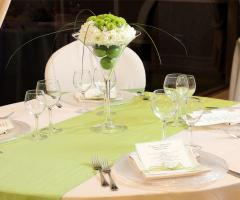 Kora Pool and Beach Events - Mise en place in verde per le nozze