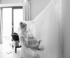 Marco Odorino Photography - La preparazione dell'abito da sposa