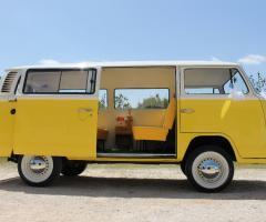 Antony Live - Noleggio furgoncino giallo