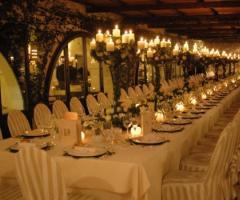 Masseria Torre Maizza - Tavolata per il ricevimento di matrimonio
