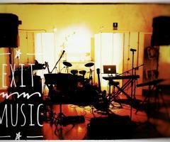 Exit Music - La strumentazione del gruppo