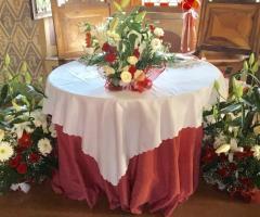 Bang Bang Wedding - Addobbi floreali per il tavolo degli sposi