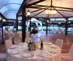 Casa Isabella - La disposizione dei tavoli per il rinfresco