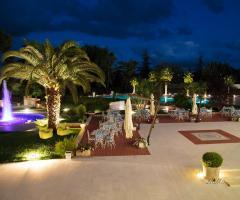 Murgia Garden Ricevimenti -  Il giardino di sera