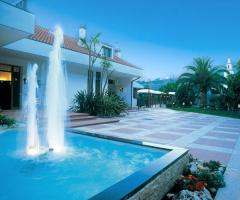 Tenuta Cigliano - Location con fontana e giardini