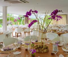 Mama Casa in Campagna - Centrotavola con fiori viola